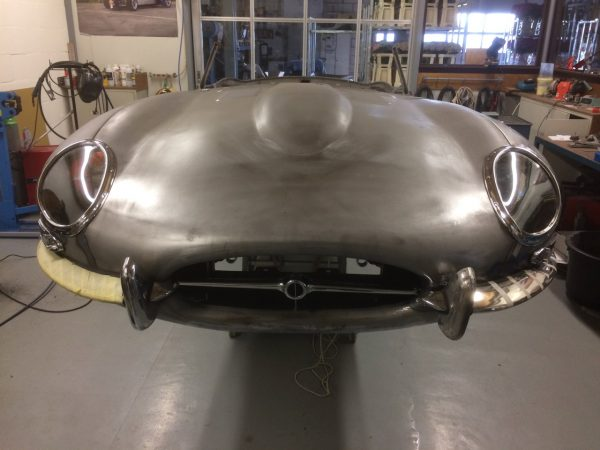 xke bonnet assembly